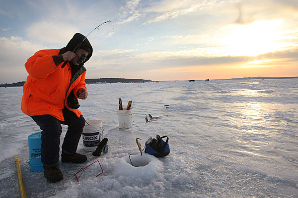 Maine ice fishing reality show for Mn ice fishing show
